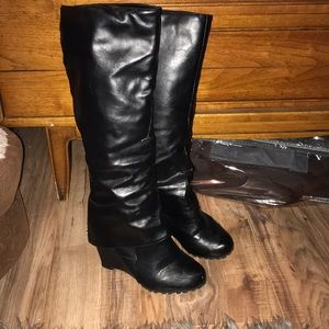 Shoes - Black wedge boots with cuff